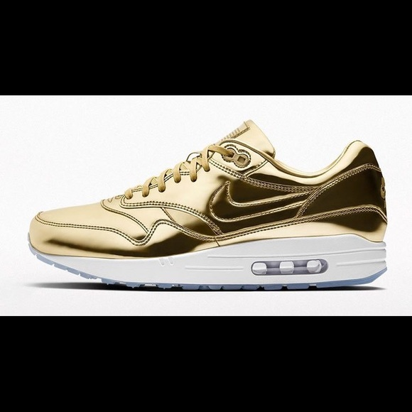 Nike Premium iD Gold Metallic Air Max 1, Size 12